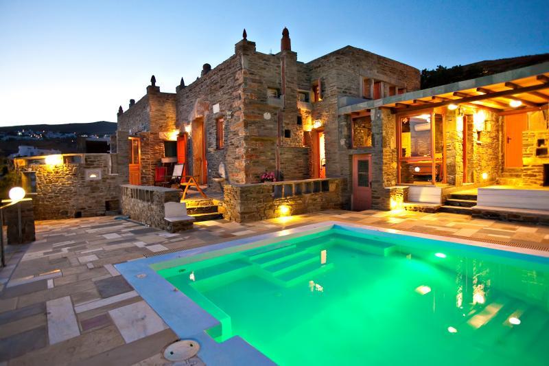 Tinos  Habitart - The Orange  House, holiday rental in Tinos