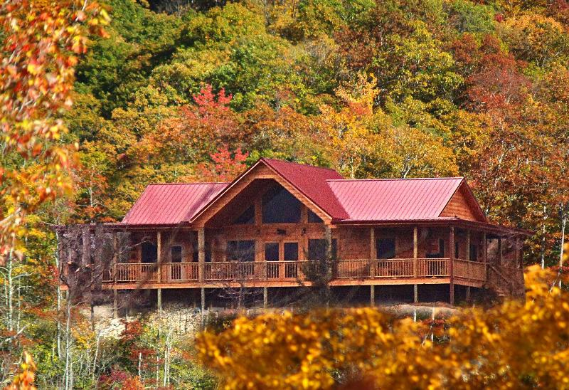 Black Bear Lodge at Deep Creek, holiday rental in North Carolina Mountains
