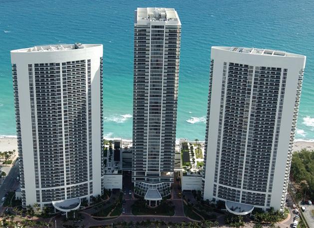 BEACH CLUB ON THE BEACH 5-STAR APT ON THE 11TH FL, holiday rental in Hallandale Beach
