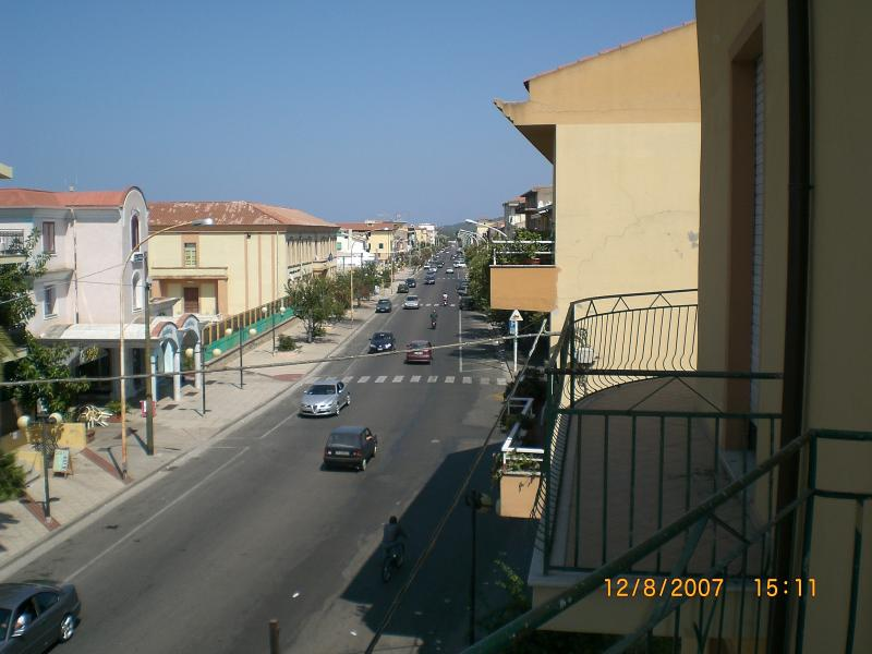 view from the balcony, Avenue Msgr. virgilio