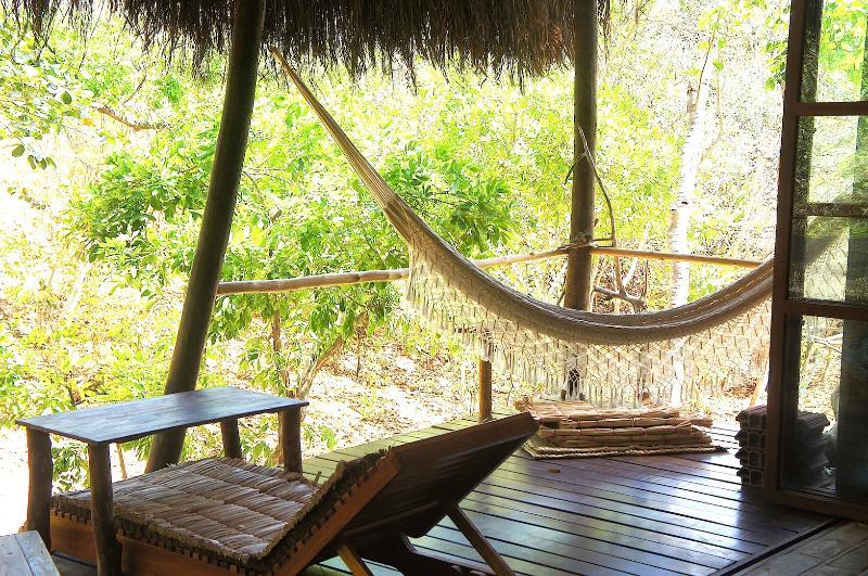 LIVING ROOM BALCONY/VARANDA DA SALA