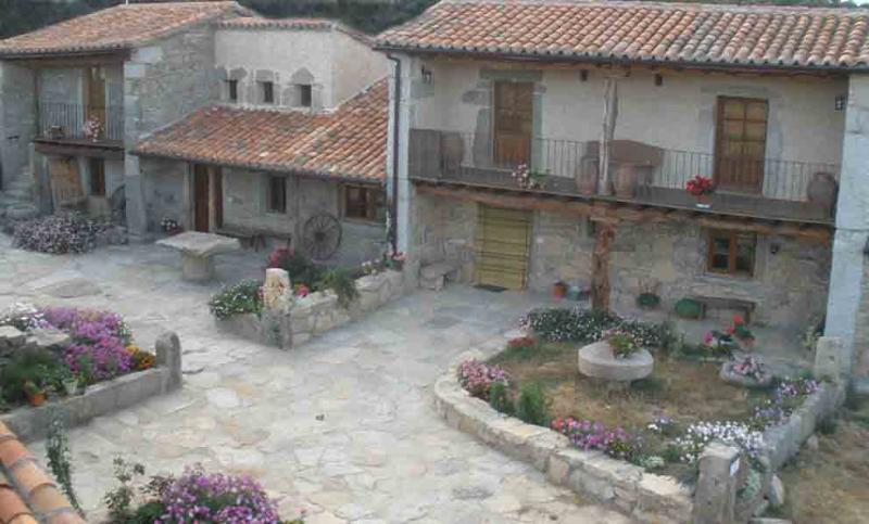 Tipical house in Arribes del Duero National Park, holiday rental in Urros