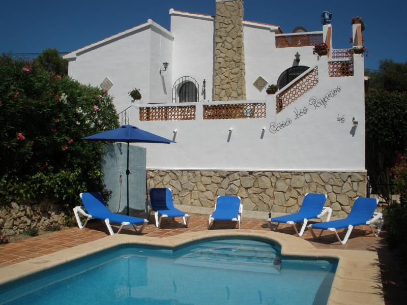 Casa Los Pajaros 4 bedroom and 2 bathroom family villa in Moraira with private pool and gardens.