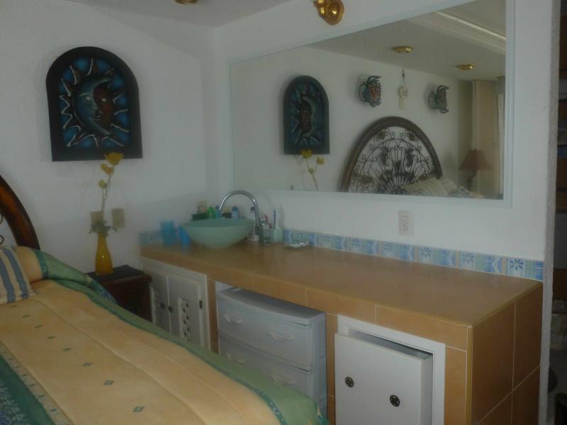 Master Bedroom Vanity Table