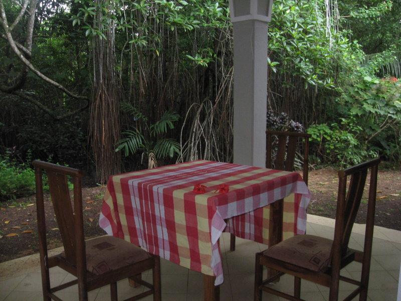 Balcony Lagoon Villa Beruwala