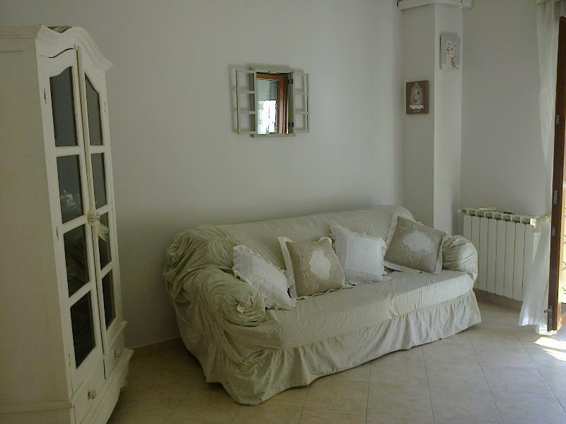 Nice Apartment In Ostia By The Sea, location de vacances à Castel Romano