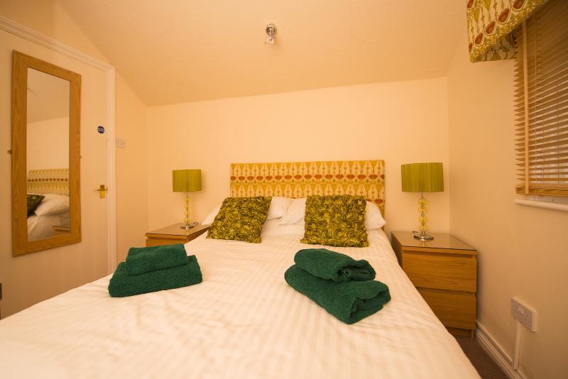 Bedroom 4 (Green)