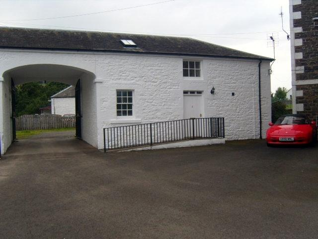 GRADE A COTTAGE 5, TELFORD MEWS COURTYARD SETTING