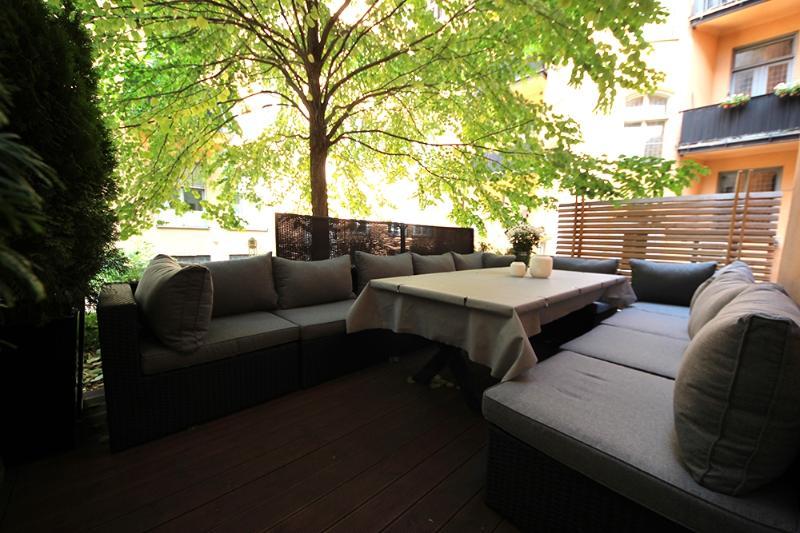 Private PatDesigner Condo Apartment, Private Patioio
