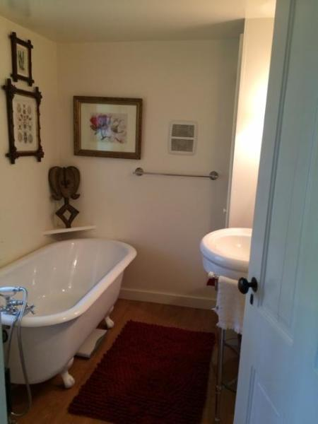 bathroom 2 with claw foot tub