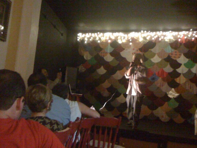 Abracadabra heeft frequente Kunsten gebeurtenissen en Jazz elke vrijdagavond.