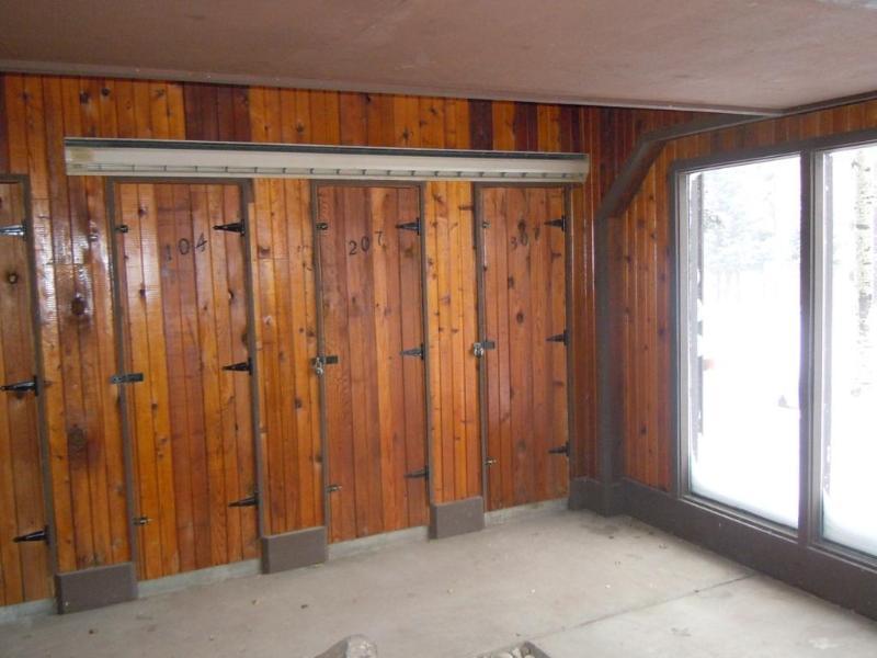 Ski locker. 307B ski locker is de eerste locker aan uw linkerhand