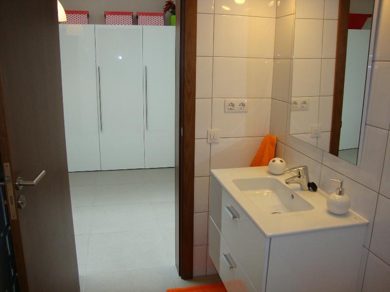 baño 1 y vestidor