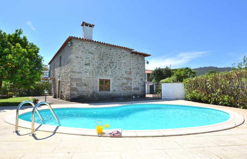 3 Bedrooms villa with pool, holiday rental in Viana do Castelo District
