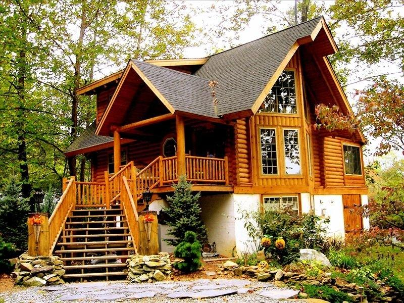All Season, Luxury Log Home/Cabin, on River Bank, holiday rental in Whittier