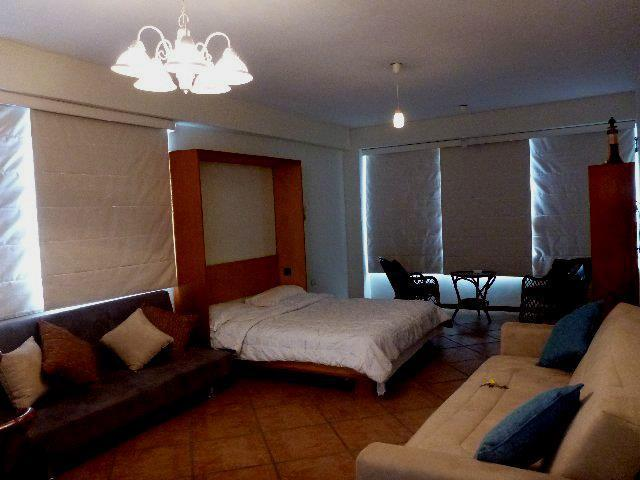 Beautiful, cozy apartment with an excellent view Situated within the city of Pampatar