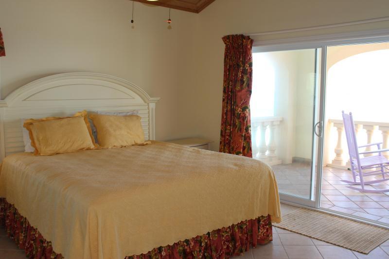2nd floor bedroom, king size bed, ensuite, great views again