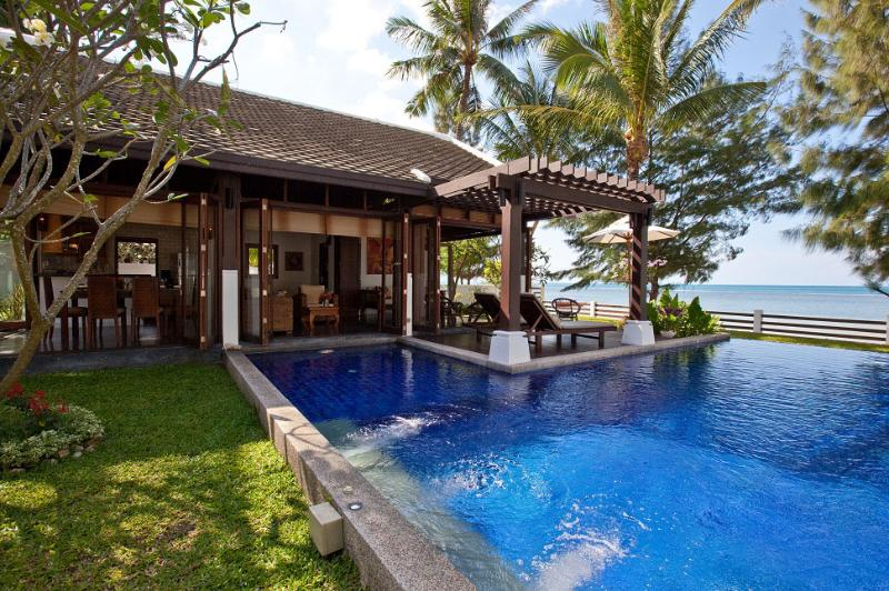 Pool villa with terrace