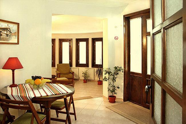 80m2 Clean *ECO* Apartment MILCHEVI in the center (Very quiet), holiday rental in Plovdiv