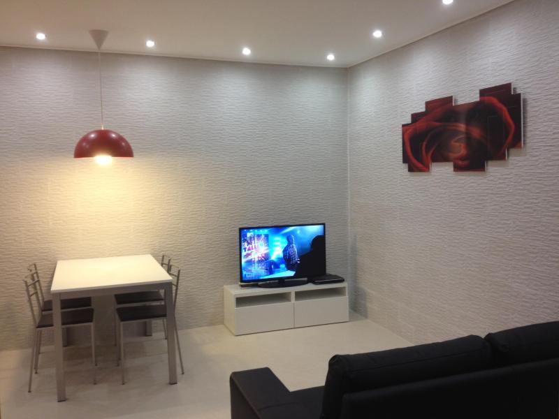 Villa Bebe': Guest House - Apt. Bebe' 3, holiday rental in Vico Equense