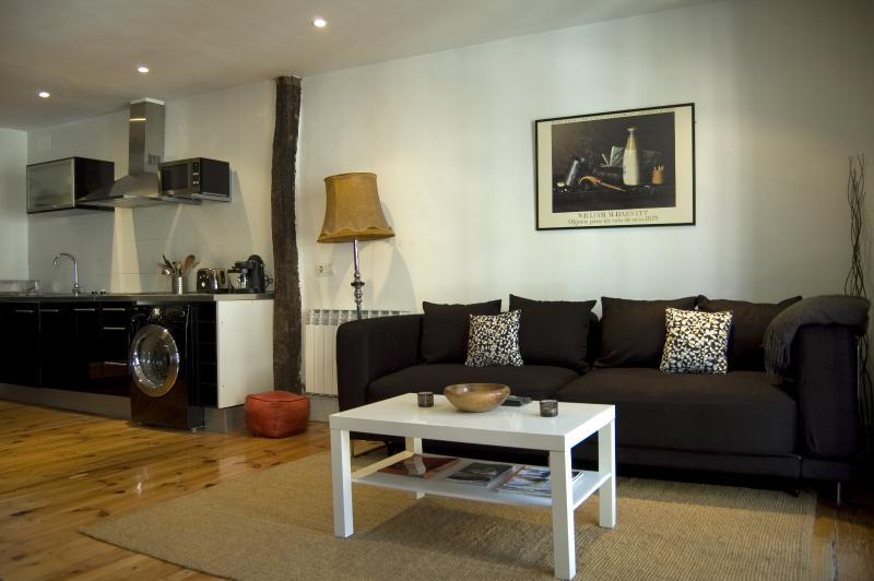 Apartment in the centre of Vitoria, casa vacanza a Eskoriatza