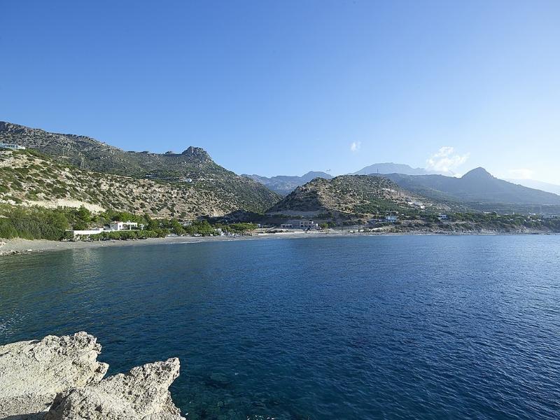 Kirvas villa Bay
