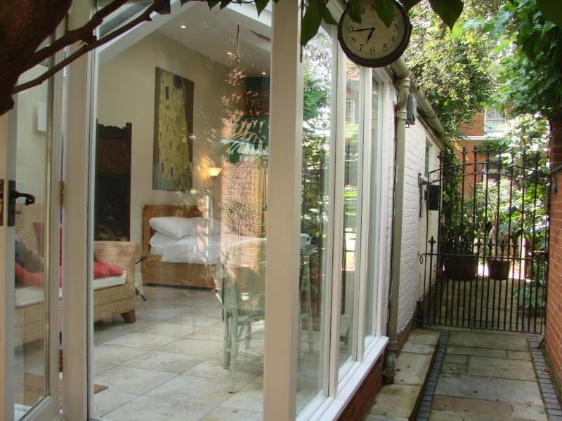 uplifting bright comfortable  secure private space with conservatory
