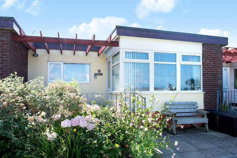 ''Philoctetes' Widemouth Bay Holiday Bungalow, vakantiewoning in Bude-Stratton