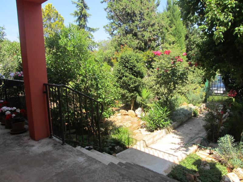 bas jardin