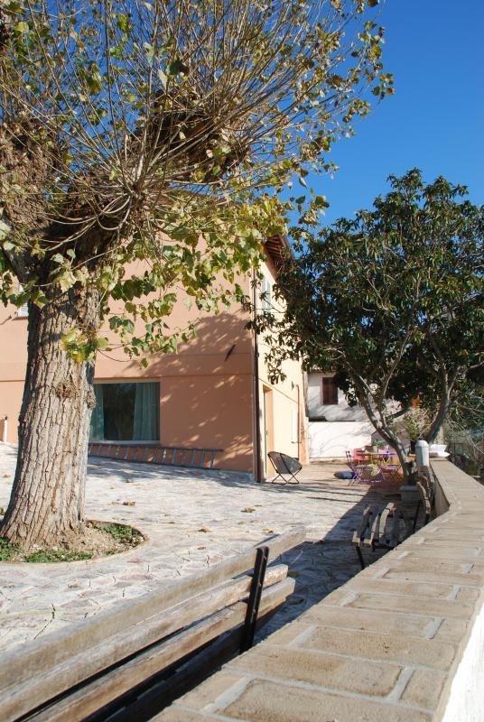 Country house l ' Ulivo aplics Moraiolo-terraza