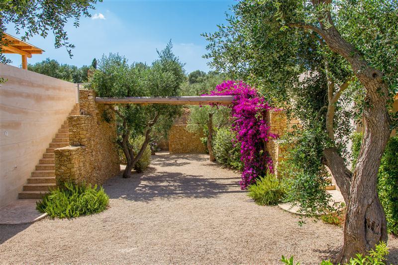 Outdoor Cava Li Santi Residence