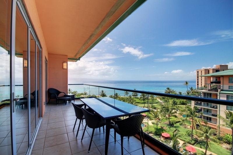 Just one back from the Penthouse this pano view offers year round sunsets and perfect whale watching