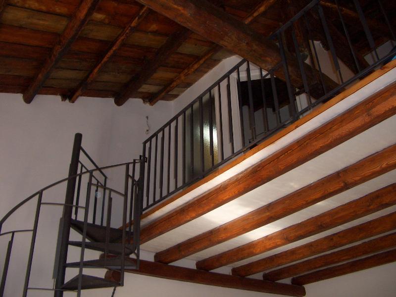 HISTORICAL CENTRE - Green Flat, holiday rental in Giuliana