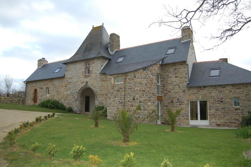 Rental to Manoir of Goandour in Crozon Ti Heizez - Brittany, vacation rental in Crozon