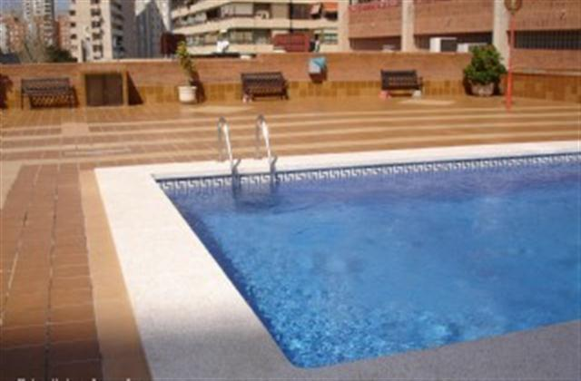 Swimming pool with ample sunbathing area