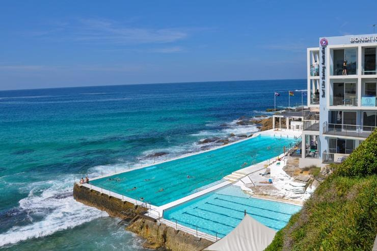 Amazing Bondi Beach rock pool