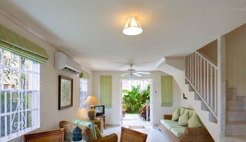 Ajoupa Living room