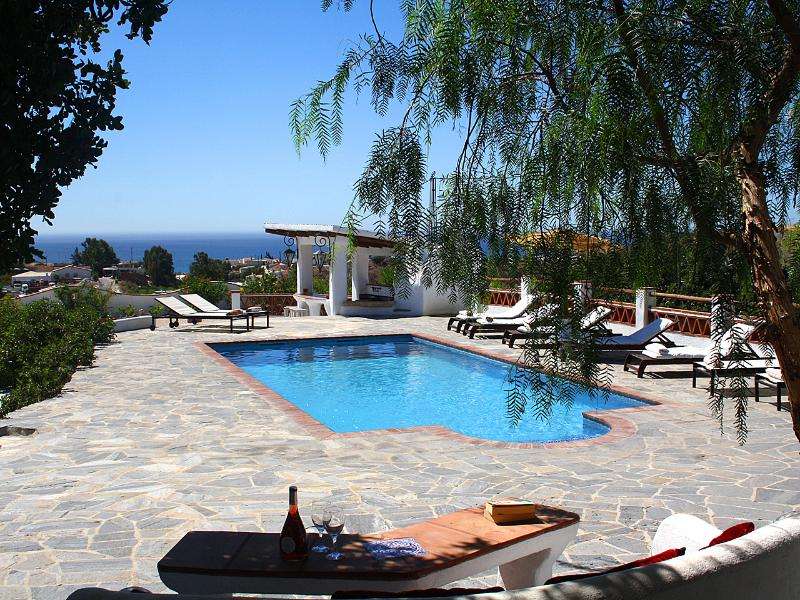 Exclusive villa with stunning views and impeccable commodities