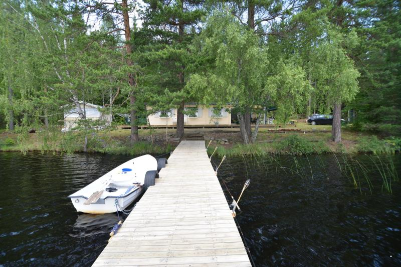 Parking for 4 cars beside cabin.