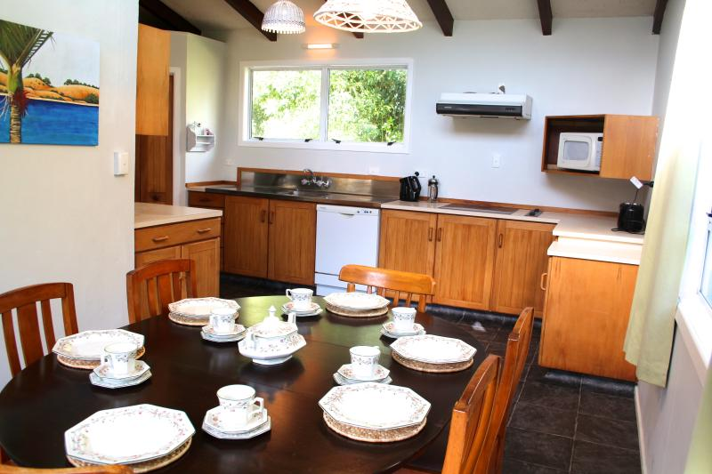 Punehu Stream cottage, holiday rental in New Plymouth