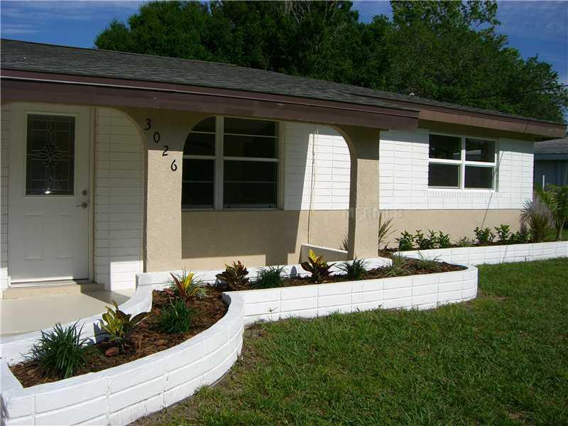 Newly Updated 3 Bedroom Pool Home - Close to Beach, holiday rental in Sarasota