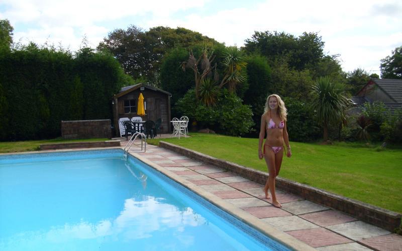 40ft pool
