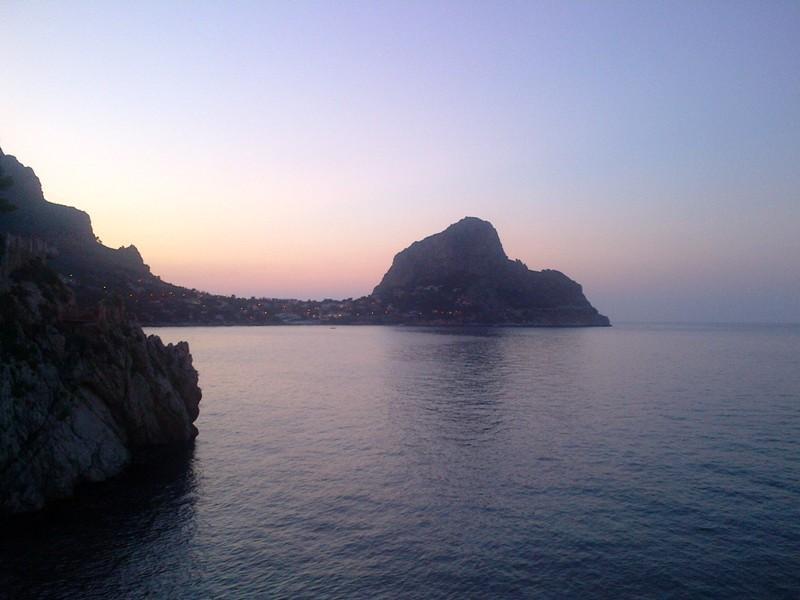 mongerbino Sunset
