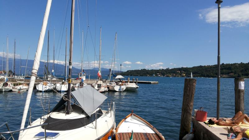 Studio Serana Gardone, holiday rental in Gardone Riviera
