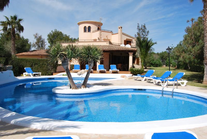 Finca Sanau, holiday rental in Cala d'Or