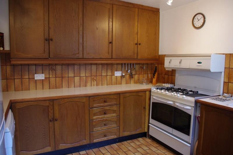Kitchen and range cooker