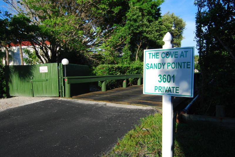 Entrance to the Cove