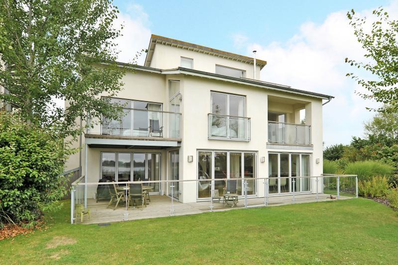 Otters View Lodge - The Lower Mill Estate / 5 Bedroom Luxury Villa (rear)