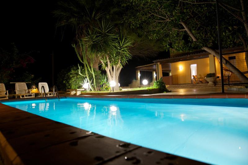 VILLACHIESTE - Villa con Piscina, vacation rental in Sciacca