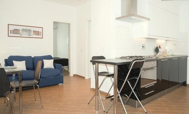 soggiorno con angolo cottura / living room with kitchenette